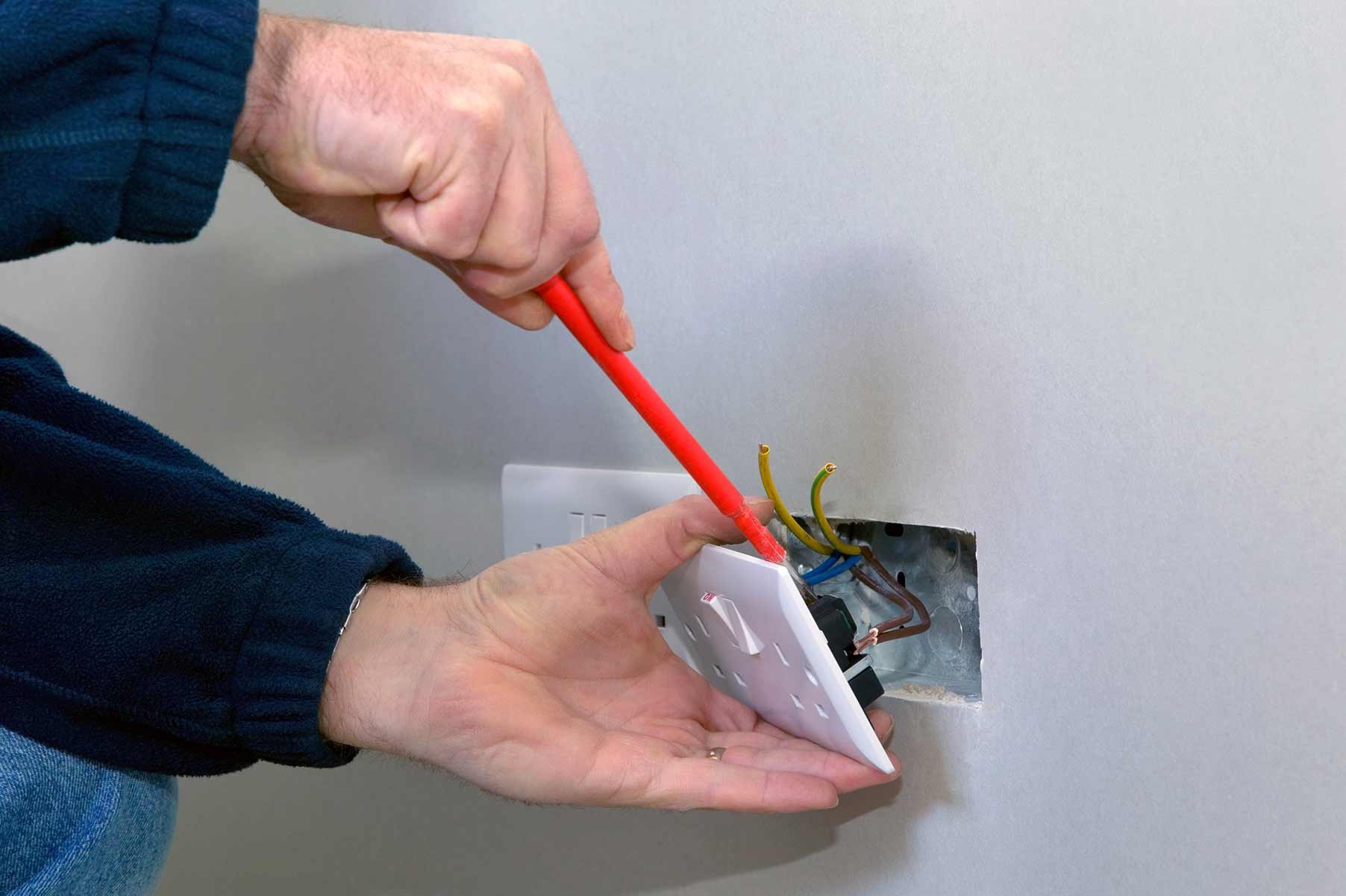 Our electricians can install plug sockets for domestic and commercial proeprties in East Sheen and the local area.